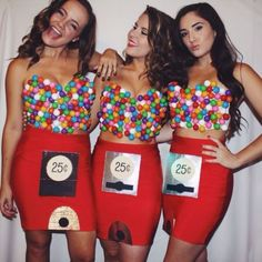 Make gumball machine costume yourself + DIY instructions maskerix.de Make gumball machine costume yourself Costume idea for carnival, Halloween & carnival Gumball Machine Halloween Costume, Halloween Costumes You Can Make, Gumball Costume, Best Friend Halloween Costumes, Halloween Outfits, Halloween Photos, Vintage Halloween, Group Halloween, Couple Halloween
