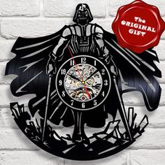 ORIGINAL GIFT_Exclusive wall clock made of vinyl record_STAR WARS LIMITED OFFER #VinylEvolution #ArtsCraftsMissionStyle Record Clock, Record Art, Vinyl Record Crafts, Vinyl Records, Lazer Cutter, Cd Art, Star Wars, How To Make Wall Clock, Scroll Saw