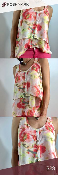"""Studio Y floral ruffled top blouse tunic Sz m Reasonable offers welcome ( some items may be at their lowest price I will either accept or counter if I have wiggle room on price  So pretty and feminine  SzM Vguc no stains or rips or excessive wear  Floral water color  Measures approximately: 17.5"""" underarm to underarm  24"""" long  Nonsmoking home Studio Y Tops Tunics"""