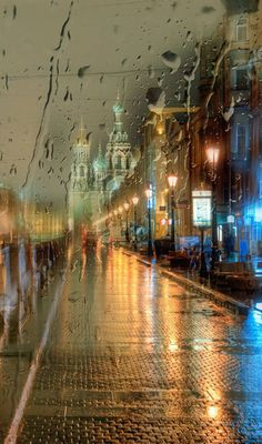 A rainy night in Saint Petersburg, Russia Rain Photography, Street Photography, Artistic Photography, White Photography, Beautiful Places, Beautiful Pictures, I Love Rain, Rain Days, Rainy Night