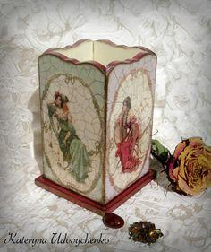 Art-nuvo tray. Handmade.