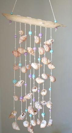 the beautyfuil Deko-Ideen Sea shells windchime, beach decor, driftwood mobile - Seashell Wind Chimes, Diy Wind Chimes, Seashell Art, Seashell Crafts, Beach Crafts, Driftwood Mobile, Driftwood Crafts, Seashell Mobile, Diy Arts And Crafts