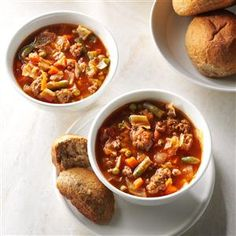 Italian Veggie Beef Soup ****** My sweet father-in-law, Pop Pop, would bring this chunky soup to our house when we were under the weather. Quick Soup Recipes, Beef Soup Recipes, Cooking Recipes, Chowder Recipes, Beef Soups, Chicken Soups, Dinner Recipes, Gumbo Recipes, Loaf Recipes