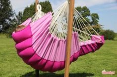 Rocker Hanging Chair Lounger (XXL) Fuchsia / Pink [XXL] - €195.00 : High Quality Hammocks, Hanging Chairs, Stands and Accessories, Marañon World of Hammocks