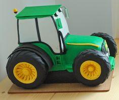 Traktorek firmowy, zielony w skali ok 7% oryginału ze zmianami dla potrzeb tortu.   Średnica tylnego koła 12 -13cm.             Szerokość o...