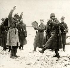 The Great War. First World War, Russian army. The Russians teaching the German prisoners of war the cossack dance. The Eastern front, Russia, 1915.