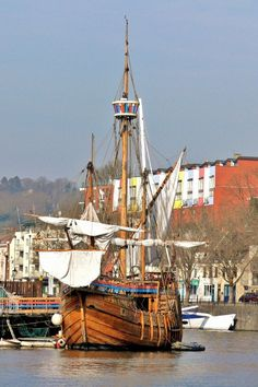 The Mathew, Bristol, England Copyright: Marion Morgan Bristol England, Bristol Uk, Bristol City Centre, Great Buildings And Structures, Wooden Ship, England And Scotland, Tall Ships, British Isles, Great Britain