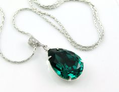 Hey, I found this really awesome Etsy listing at http://www.etsy.com/listing/126484335/emerald-green-necklace-swarovski-crystal