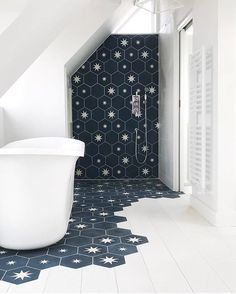 Amazing design by with hexagonal and plain in colours BF and B. We… - Diy Badezimmer Bathroom star! Amazing design by with hexagonal and plain in colours BF and B. We… - Diy Badezimmer Bedroom Loft, Star Bedroom, Bedroom Storage, Bathroom Inspiration, Bathroom Ideas, Design Bathroom, Attic Bathroom, Small Bathroom, Bathroom Tiling