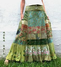 Do you love somebody?cxrDo you love somebody?cxrHippie-Hippie-Chic Bohème-Vibe-Zigeuner-Mode-Indie-Folk-Look Gypsy Style, Boho Gypsy, Hippie Boho, Bohemian Style, Winter Hippie, Vintage Bohemian, Sewing Clothes, Diy Clothes, Clothes Patterns