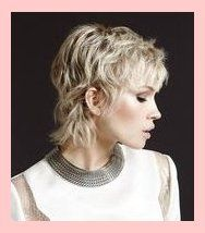 Short Haircuts for Thick Hair – 22 Short Hair Style Ideas – Latest Hairstyle … – Most Trending Hairstyles in 2019 Short Hairstyles For Thick Hair, Haircuts For Curly Hair, Haircut For Thick Hair, Short Curly Hair, Short Hair Cuts, Curly Hair Styles, Pixie Haircuts, Short Razor Haircuts, Long Hair