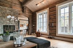 New Raw Wood Interior Colour Ideas Cabin Interiors, Wood Interiors, Cabin Homes, Log Homes, Cabins And Cottages, Home And Deco, Interior Exterior, Cozy House, Colorful Interiors