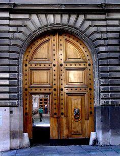 Door Geneva, Switzerland    ::    Old Town, Geneva, Switzerland  ::  By solilos