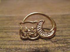 Avon Vintage Kitty Tack Pin Gold Tone by TreasureBeautiful on Etsy, $6.50