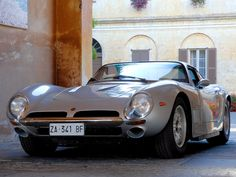 Bizzarrini 5300 GT Strada 1965–68. Ooh I'm moving to Italy and getting one of these!