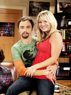 Kaley Cuoco as Penny on The Big Bang Theory. Answering the ...