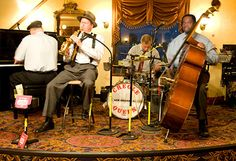 The Creole Queen jazz band!