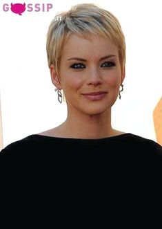 Today we have the most stylish 86 Cute Short Pixie Haircuts. We claim that you have never seen such elegant and eye-catching short hairstyles before. Pixie haircut, of course, offers a lot of options for the hair of the ladies'… Continue Reading → Very Short Haircuts, Popular Short Hairstyles, Cute Hairstyles For Short Hair, Pixie Hairstyles, Girl Haircuts, Teenage Hairstyles, School Hairstyles, Prom Hairstyles, Natural Hairstyles