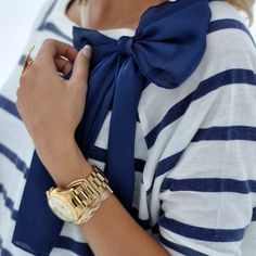 Bow on! Preppy look! Looks Style, Style Me, Style Blog, Marine Style, Marken Outlet, Look Fashion, Womens Fashion, Fashion Shoes, Vogue