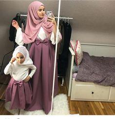 Fashion winter hijab egypt 31 ideas for 2019 Muslim Fashion, Modest Fashion, Hijab Fashion, Teen Fashion, Mother Daughter Fashion, Mom Daughter, Stylish Dresses, Cute Dresses, Girls Dresses