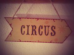 Flèche Circus  Design by WayToFaery  https://www.etsy.com/fr/listing/218322486/fleche-circus?ref=shop_home_active_6