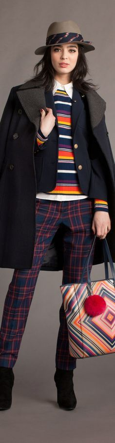 Trina Turk Fall 2016 Ready-to-Wear Collection Photos - Vogue Couture Fashion, Runway Fashion, Fashion News, Fashion Show, Ny Fashion, Classic Fashion, Fashion Details, Trina Turk, Plaid Fashion