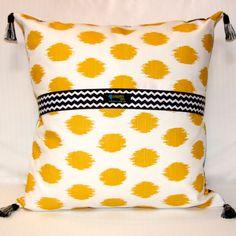 Ginger Tulip Art Pillow, reverse side. www.bluethistlearts.com