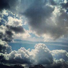 Cumulus congestus / Tornyos gomolyfelhők