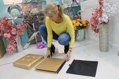 Puffs plegables en polipiel. Triple funcionalidad, valen para sentarse, guardar cosas y decorar. En www.virginiaesber.es