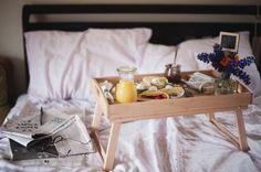 Que tal começar o final de semana com um café na cama? http://carrodemo.la/d1928