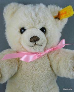 Steiff Molly Teddy Bear Woven Fur Cream Plush 22 cm ID Button Tag 1991 - 2003
