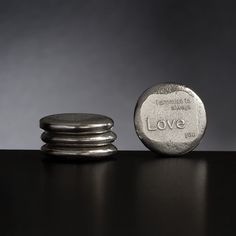 I promise to always love you. Pewter keepsake token from Lancaster and Gibbings
