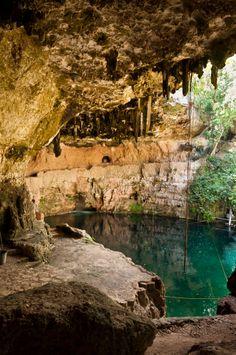 Paraíso en #Yucatan. El #Cenote Zaci es una de las maravillas subterráneas más sorprendentes que encontrás por #Valladolid, en #Mexico. http://www.bestday.com.mx/Yucatan/ReservaHoteles/