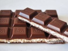 Imagem de chocolate, food, and yummy Sweet Recipes, Snack Recipes, Snacks, Ritter Sport, Death By Chocolate, Chocolate Recipes, Chocolate Food, Decadent Chocolate, Cakes And More