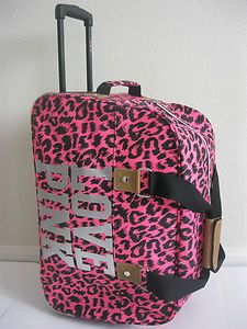 I would kill for some vs luggage, it is so cute :D
