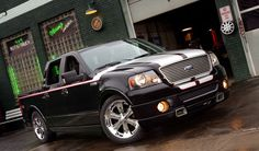This Ford Foose Edition is pushing 450 horsepower and around 500 pound-feet of torque! F150 Truck, Ford Pickup Trucks, Chevrolet Trucks, Ford Harley Davidson, Harley Davidson For Sale, Toyota Surf, Show Trucks, Mini Trucks, Ford F150 Custom
