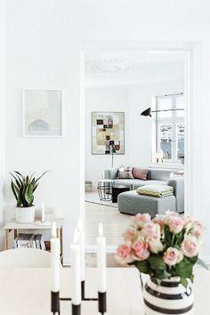 #Grünerløkka #Oslo #Scandinavian #livingroom #hay #mags #mouille #kähler #lassen #kubus