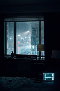 Photo by Gian Cescon on Unsplash laptop computer left turned-on on bed inside room during rainy night Night Aesthetic, City Aesthetic, Aesthetic Bedroom, Aesthetic Grunge, Rainy Night, Rainy Days, Night Rain, Cozy Rainy Day, Rainy Mood