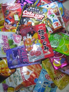Gummy flavours from Japan Gummi Candies Meiji Morinaga Fresh Candy Fruit Sweets Chinese Candy, Japanese Candy, Japanese Sweets, Japanese Food, Candy Drinks, Healthy Junk, Asian Snacks, Gummi Candies, Weird Food