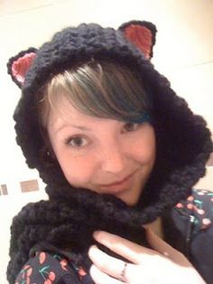 Kitty Hooded Scarf ☺ Free Pattern ☺