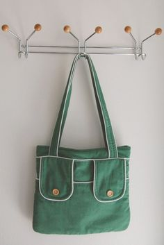 Tote with pockets