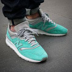 NYC  997 x cncpts  Pic  by @n1x0n_91  #cncpts #teamnb #newbalancegallery #nb997 #nblove #nbgallery #g1runners #sadp #sneakersmag #runnersclubuk #therealblacklist #hichemog #tijoojit #joyaparis #trocsneakers #weartga #sneakersaddict #crepecity #snkrhds #runnerwally #sneakerplaats #thewordonthefeet #womft #runnersonly #sneakerheaduk #thedropdate #wdywt #sneakerfreaker #runnergang #womftig by krykor