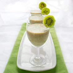 Kiwi Smoothie - healthy smoothie with an exotic tropical flair packed with vitamin C