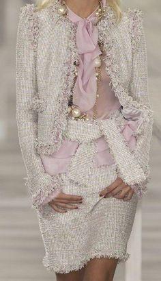 66 New ideas moda chic chanel haute couture Chanel Couture, Couture Fashion, Runway Fashion, Womens Fashion, Fashion Trends, Ladies Fashion, Fashion Weeks, Milan Fashion, Chanel Fashion Show