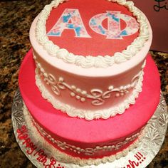 An Alpha Phi cake! Almost too pretty to eat.