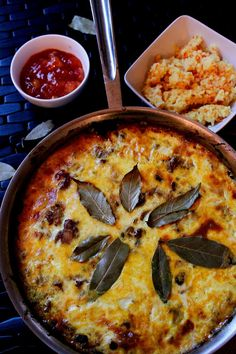 South Africa – Bobotie, Meat Pie – Who Noms the World Bbc Good Food Recipes, My Recipes, Cooking Recipes, Oven Recipes, Curry Recipes, Favorite Recipes, Bobotie Recipe South Africa, South African Recipes, Ethnic Recipes