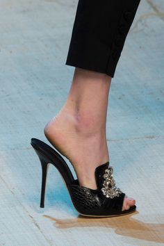 Dolce & Gabbana, Spring 2017 - The Prettiest Heels and Flats on the Milan Runway - Photos