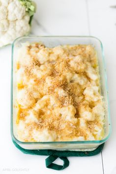 Julia Child Cauliflower Au Gratin side dish recipe from Julia Child's Mastering the Art of French Cooking made with bechamel sauce and blanched cauliflower Dinner Recipes For Kids, Kids Meals, Rachel Ray Recipes, Gourmet Cooking, Julia Childs, Nigella, Vegetable Dishes, Food Dishes, Side Dishes