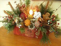 cinnamon sticks, gngrbrd men, red berries, pine, cute, cute, cute!