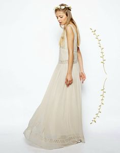 1000+ images about Boho wedding dress • Robe de mariée bohème ...